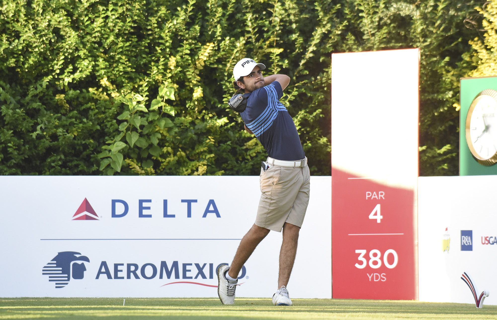 Defending Champion Toto Gana Tied for Lead After Day One of Latin ...