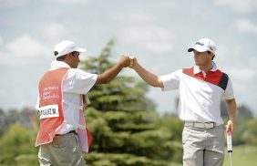 Buenos Aires, Argentina: Matias Dominguez of Chile celebrating with his caddie at the 3rd hole during the second round at the 2015 Latin American Amateur Championship at Pilar Golf Club on Friday January 16th, 2015. Enrique Berardi/LAAC.